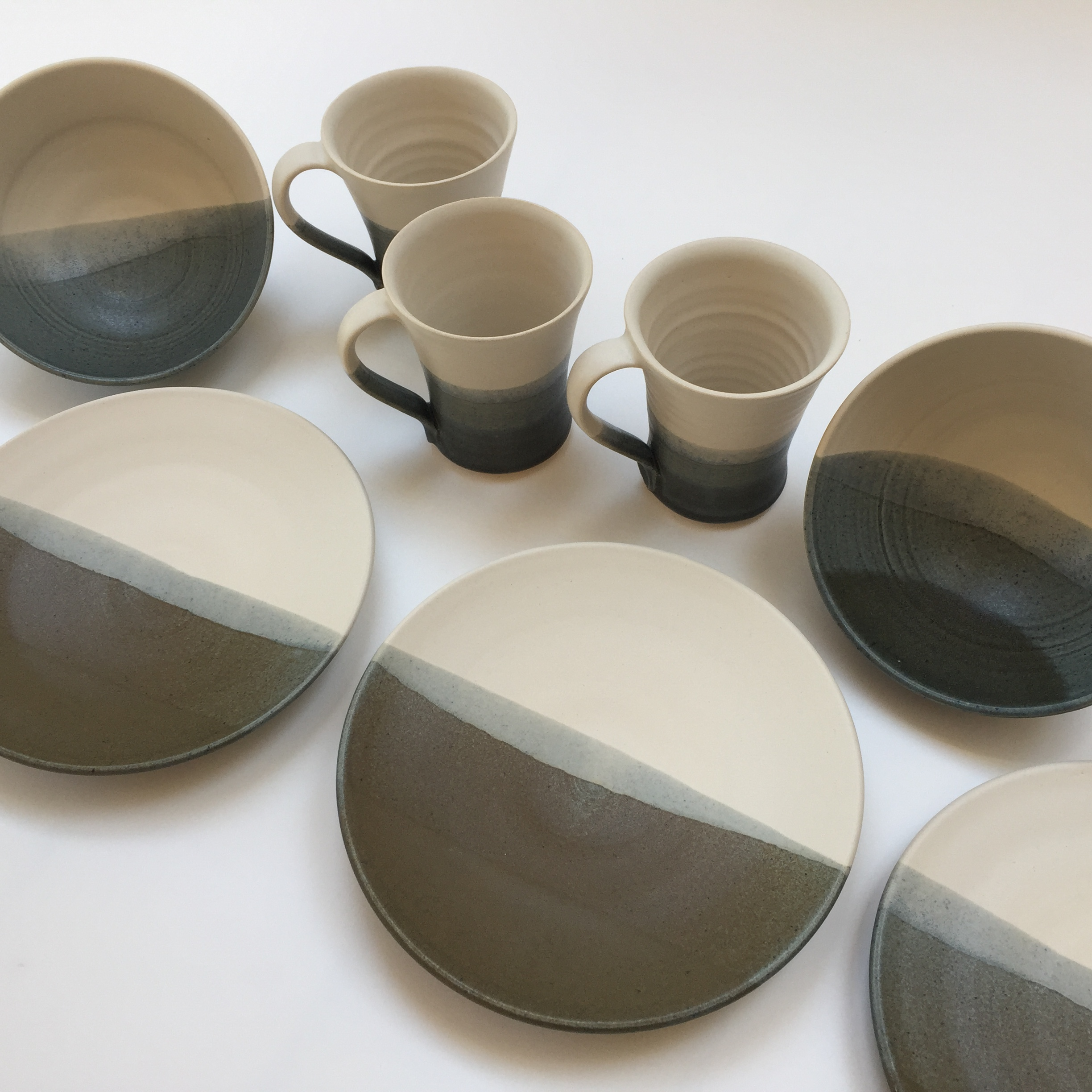Waters Edge Tableware